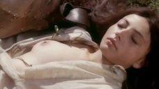 Голая грудь Венеры Сиразиевой