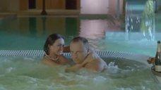 2. Большая голая грудь Марты Спиженко – Муж моей вдовы