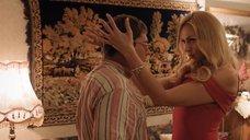 Секси Оля Полякова в красном платье