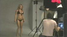 1. Анна Семенович в откровенной фотосессии для журнала Maxim