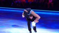 Привлекательная Кристина Асмус в шоу «Ледниковый период»