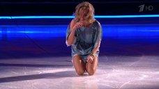 1. Обворожительная Кристина Асмус в шоу «Ледниковый период»