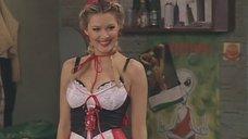 1. Горячая Мария Кожевникова в костюме Красной Шапочки – Универ