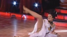 Наташа Королева раздвинула ноги на на шоу «Танцi з зiрками 3»