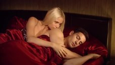 Интимная сцена с Натальей Рудовой