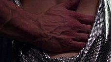 7. Дакота Джонсон в сексуальном платье – Пятьдесят оттенков свободы