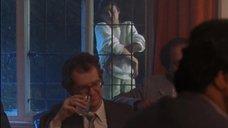 1. Рита Вульф показывает голую грудь – Моя прекрасная прачечная