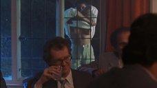 3. Рита Вульф показывает голую грудь – Моя прекрасная прачечная