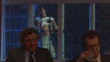 7. Рита Вульф показывает голую грудь – Моя прекрасная прачечная