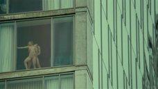 5. Страстный секс с Эми Харгривз возле окна – Стыд