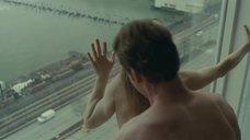 6. Страстный секс с Эми Харгривз возле окна – Стыд