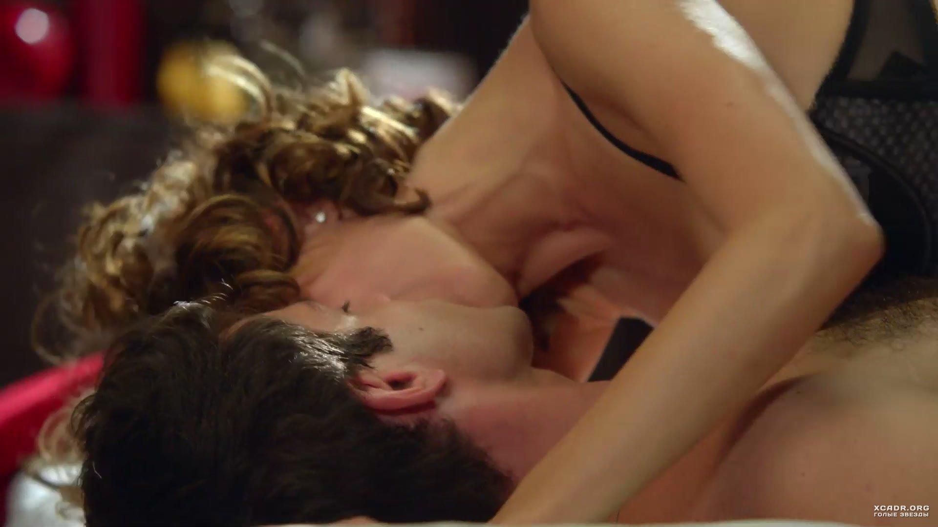 Интимная Сцена С Еленой Подкаминской – Кухня (2012)