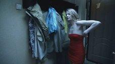 Пьяная Светлана Ходченкова в платье без лифчика