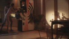 4. Эротические сцены с Диорой Бэрд – Приподнятый
