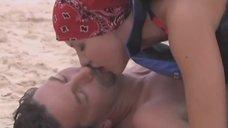 Галина Боб спасает поцелуями