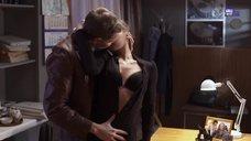 Интимная сцена с Еленой Радевич