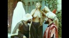6. Голая грудь Радмилы Щеголевой – Роксолана