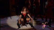 Жанна Фриске в откровенном постановке на Yesterday Live