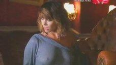 Жанна Фриске на съемках откровенного клипа