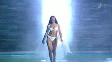 Секси Оксана Фёдорова на конкурсе «Мисс Вселенная»