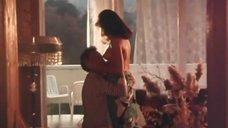 Упругая Грудь Ольги Кабо Просвечивается Сквозь Одежду – Поражение (1987)
