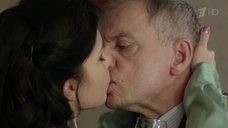1. Эротическая сцена в Полиной Сыркиной – Любовь по приказу