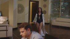 3. Секси Агния Кузнецова в черном купальнике – Соблазн (2014)