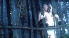 Секс с Аллой Муриной в конюшне