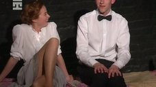 Секси Софья Райзман в спектакле «Четвероногая ворона»