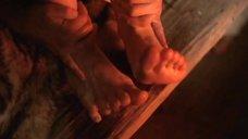 Ноги Дарьи Мороз