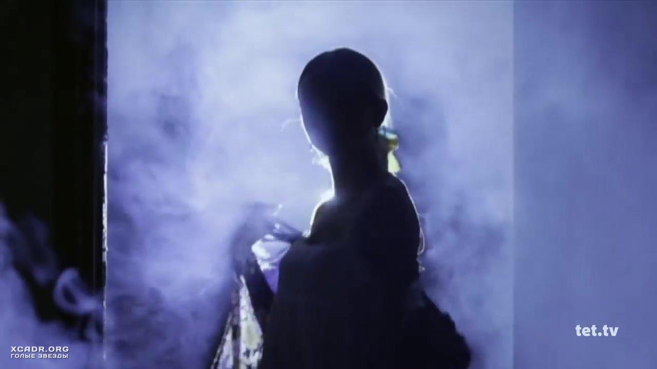 Стриптиз Секси Ирины Сопонару – Однажды Под Полтавой (2014)