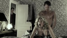 3. Дженнифер Миллер засуткали во время секса – Счастливое число Слевина