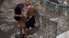 1. Секс с Люси Лью возле змей – Мухоловка