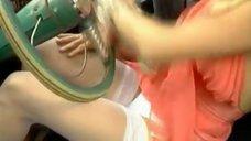 Красивая Наталья Бузько сдаёт экзамен по вождению в ГАИ