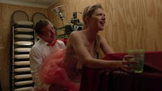 2. Секс с Кейт Майнер на свадьбе в подсобке – Бесстыжие