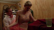 5. Секс с Кейт Майнер на свадьбе в подсобке – Бесстыжие