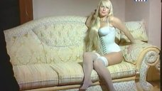 9. Секс символ Елена Кондулайнен в передаче «Секс с Анфисой Чеховой»