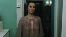 Любовь Полищук без лифчика в спектакле «Пришел мужчина к женщине»
