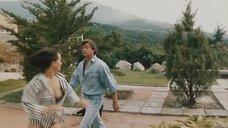Ирина Шмелева в рубашке засветил грудь