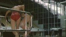Сексуальная Елена Валюшкина в купальнике