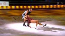 Длинноногая Маруся Зыкова на телешоу «Ледниковый период»