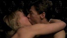 Интимная сцена со Светланой Рябовой