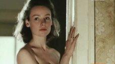 Молодая Жанна Эппле  топлесс