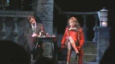 Сексуальная Ирина Климова в спектакле «Странная история доктора Джекила и мистера Хайда»