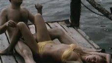 Секси Анжелика Неволина в купальнике