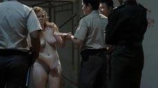 5. Изнасилование Келли Маккарт в тюрьме – За решеткой