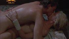 3. Страстный секс с Келли Линч – Тёплый летний дождь