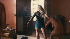 2. Кристу Кэмпбелл застукали во время секса – Сумасшедшая езда
