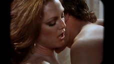 2. Жаркий секс с Джулианной Мур – Ночи в стиле буги