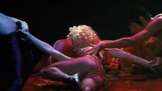 Эротичное выступление Мадонны